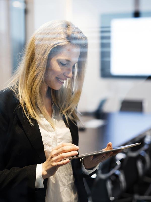 Res'source - Alicia, assistante formation professionnelle et administrative à temps partagé