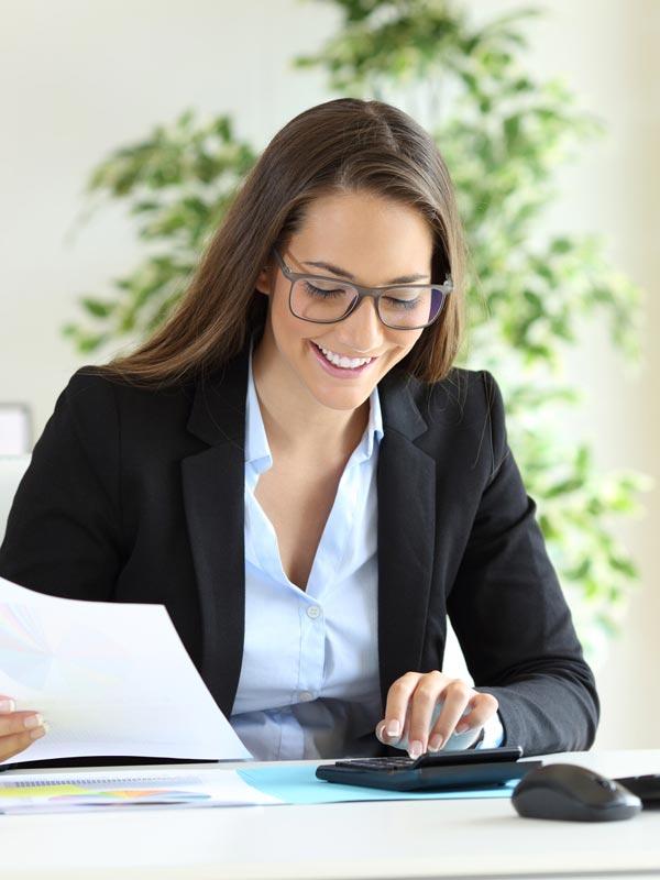 Res'source - Nathalie, comptable et assistante RH à temps partiel